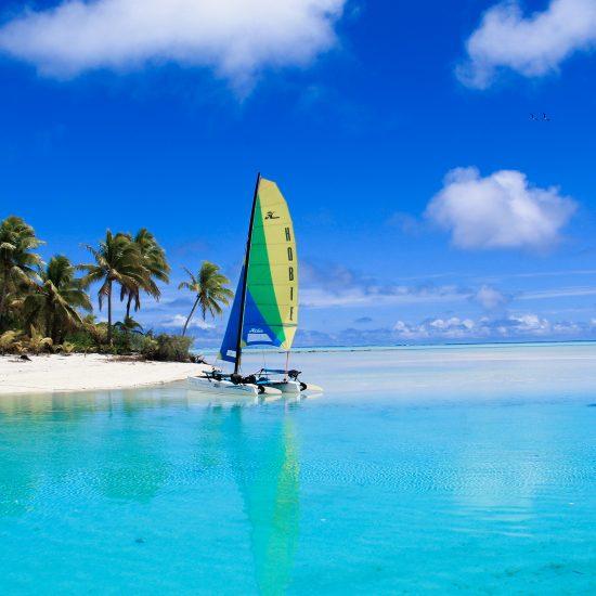 Aitutaki one foot island